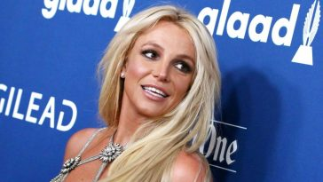 Britney-Spears-en-decollete