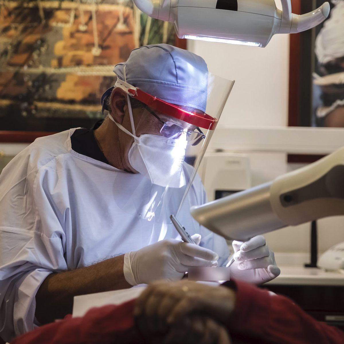 Aide du gouvernement pendant la crise sanitaire : les dentistes sommés de les rembourser!