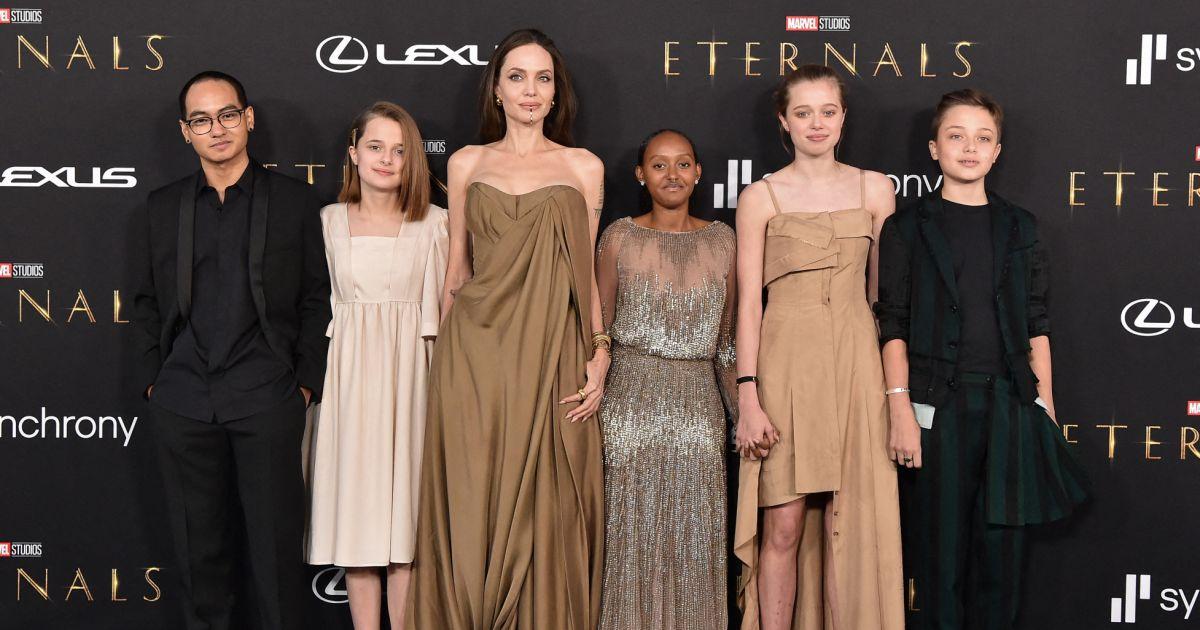 Angelina Jolie et Brad Pitt, leur fille Shiloh surprend la toile avec son nouveau look!