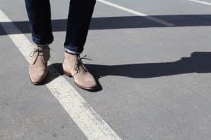 Chaussures en daim : voici les différents moyens pour les entretenir efficacement !