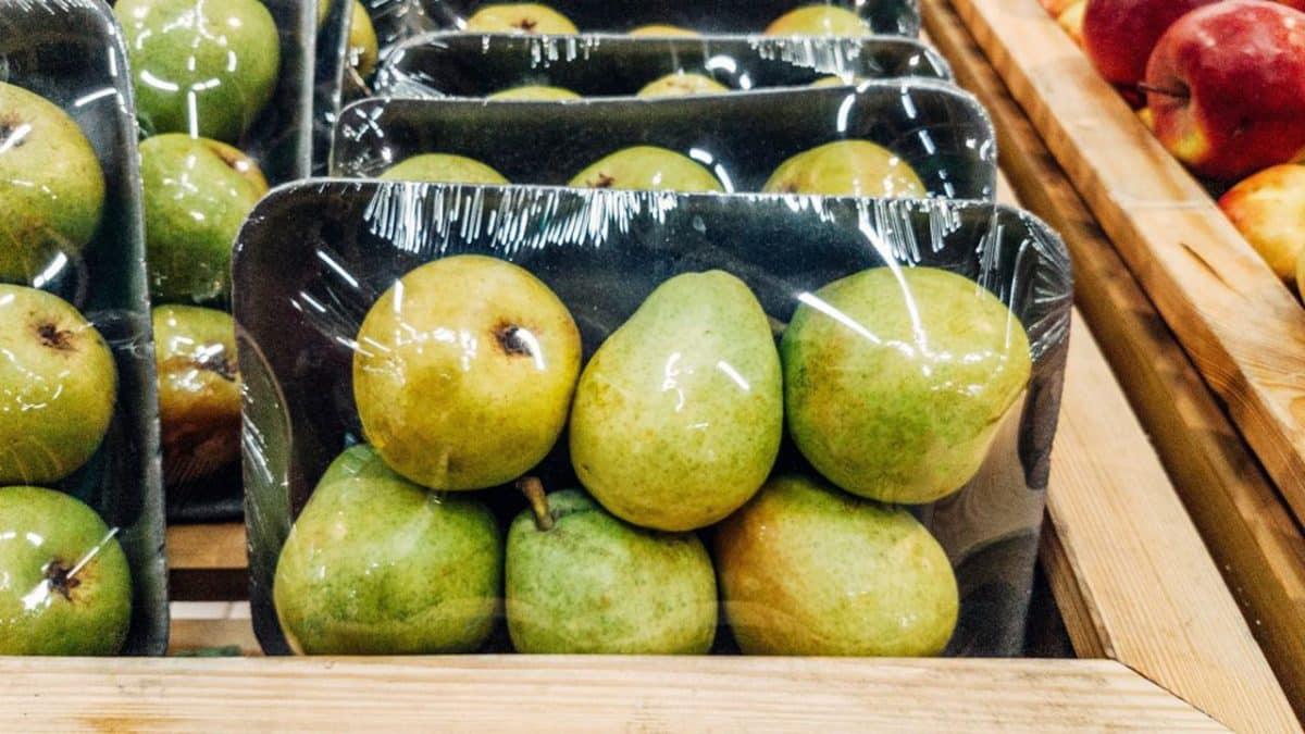 La fin des fruits et légumes en emballage plastifié